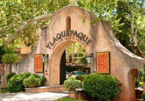 tlaquepaque-arts-and-craft-village-sedona-arizona-2-900x630